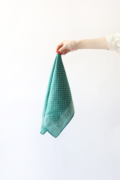 GREEN DOTS SCARF