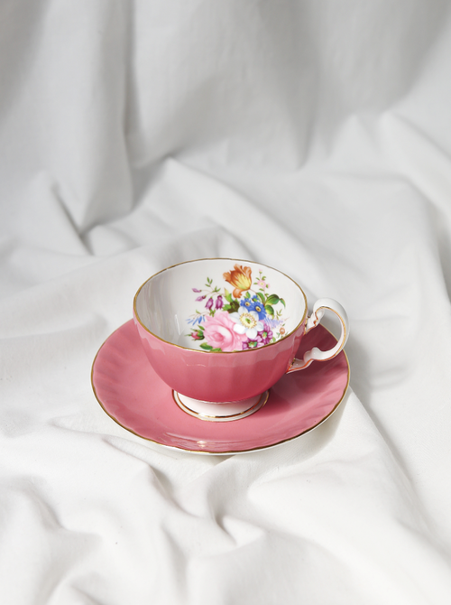 (AYNSLEY) BONE CHINA PINK TEA CUP