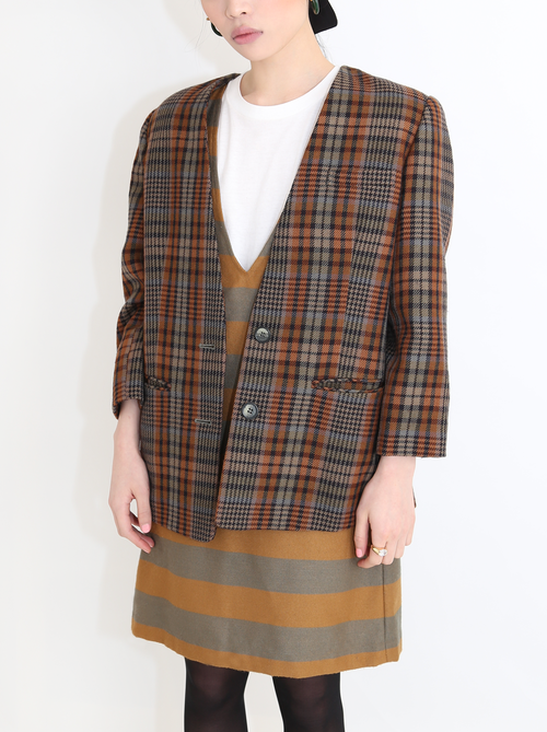 DARK BROWN CHECK BLAZER