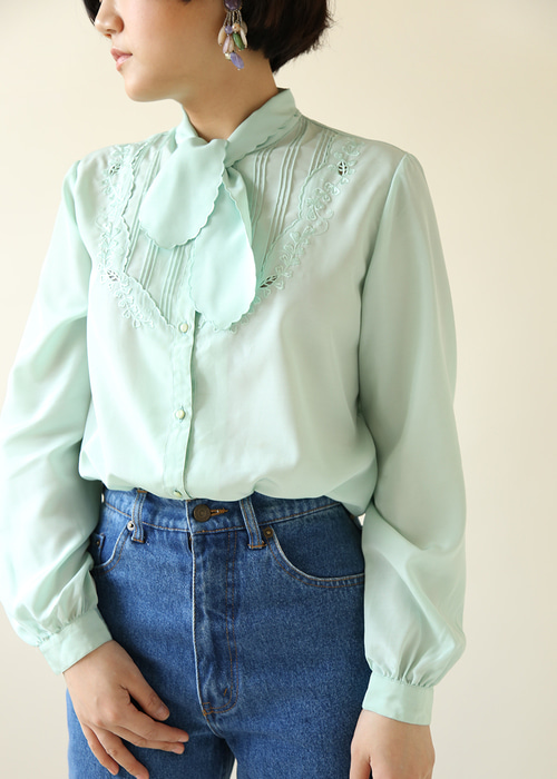 PEPPERMINT BLOUSE