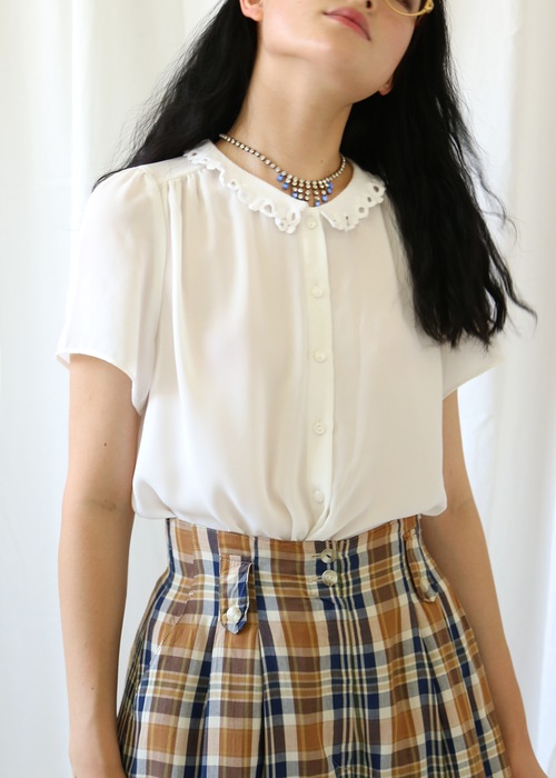 WHITE LACE COLLAR BLOUSE