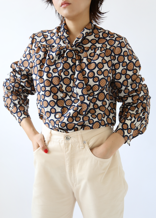 POP CIRCLE PRINT BLOUSE