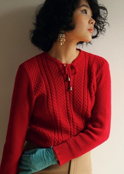 RED BELL SWEATER