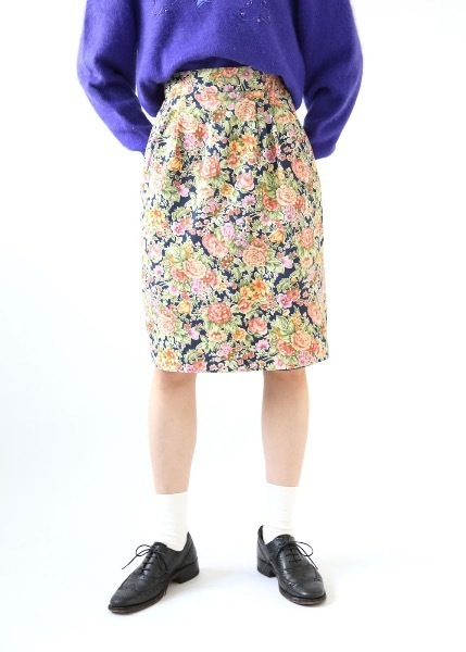 HIGH-WAISTED FLORAL SKIRT