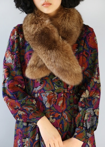 BEIGE BROWN FOX FUR