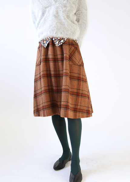 BROWN CHECK FLARE SKIRT
