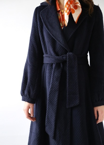 NAVY FEMININE WOOL COAT