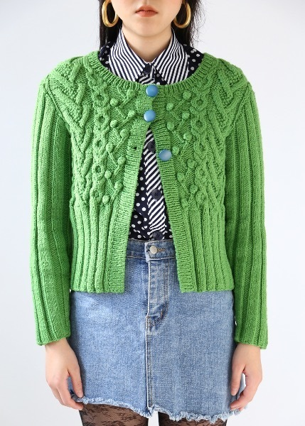 THREE BUTTONS KNIT CARDIGAN
