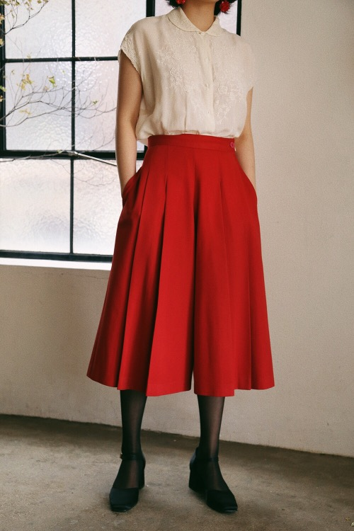 1970'S RED WIDE TROUSERS