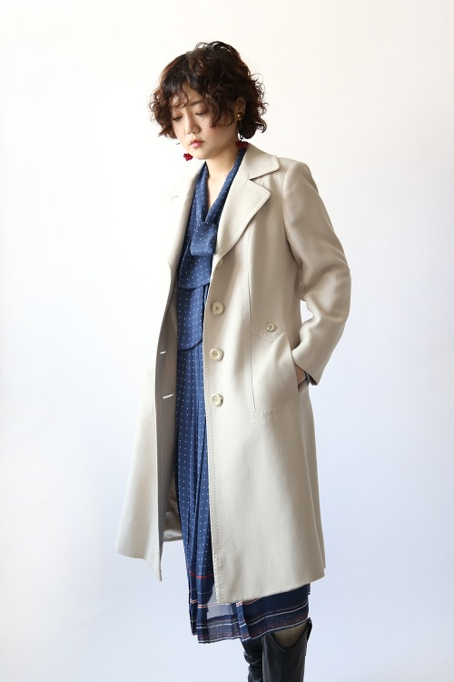 1970'S BEIGE STITCHED COAT