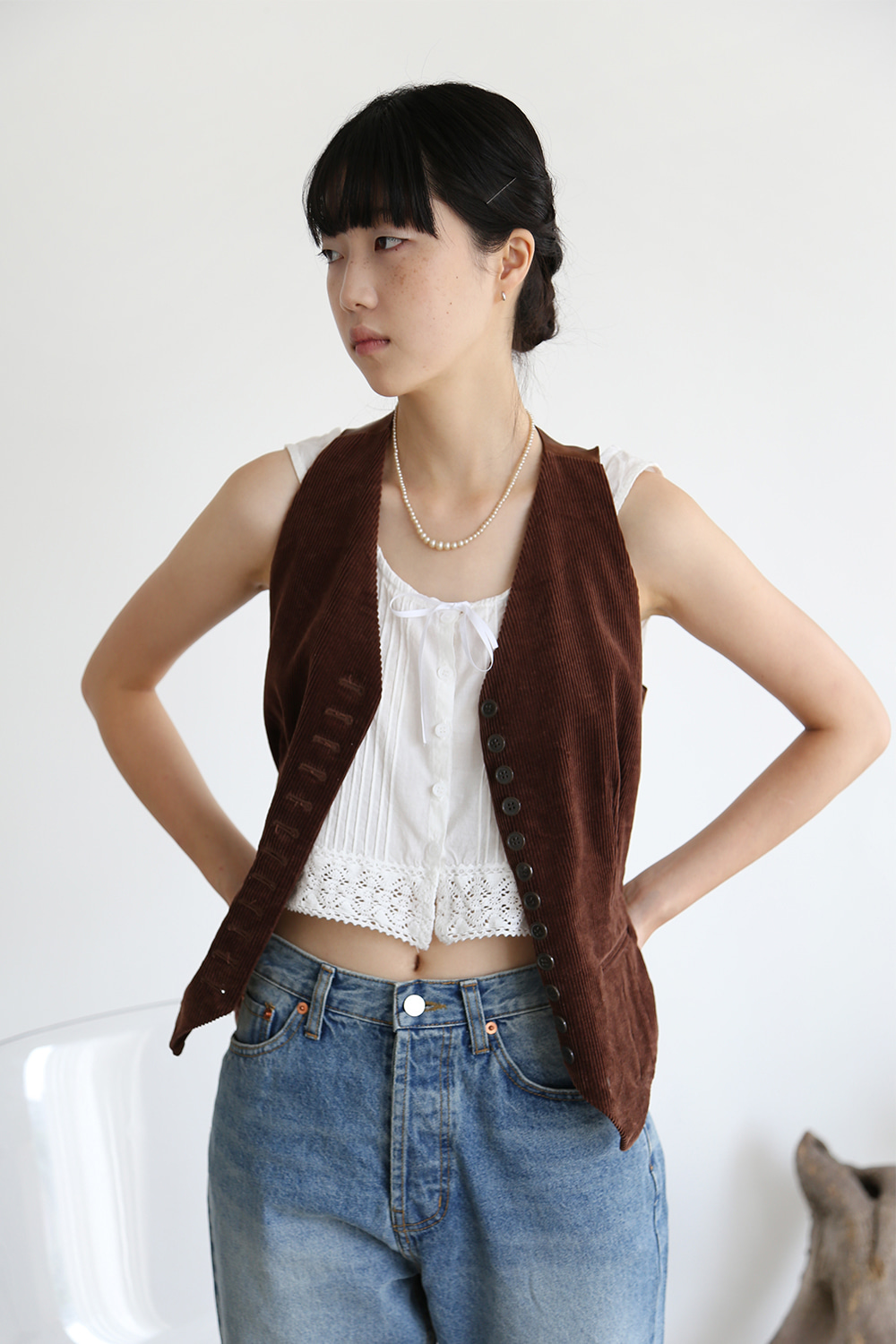 BROWN CORDUROY VEST